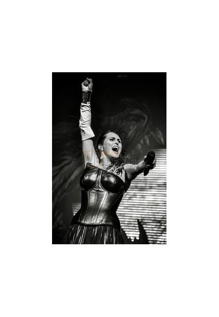 Sharon Den Adel (Within Temptation)